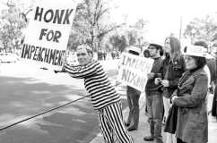 nixon_protesters.jpg